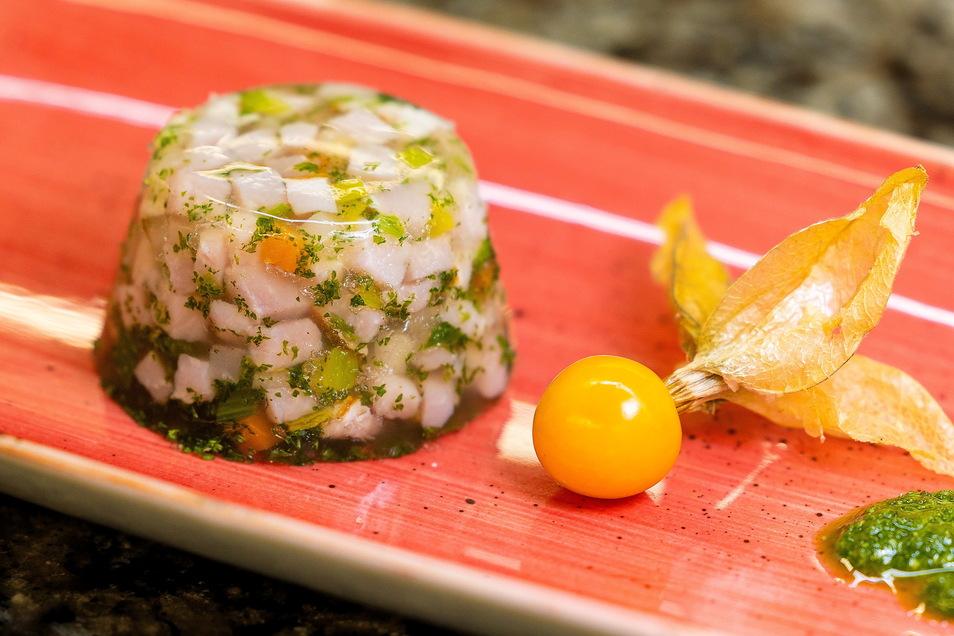 Wie bereitet man eine Sülze vor? Das traditionelle Gericht wird jetzt digital gelehrt.