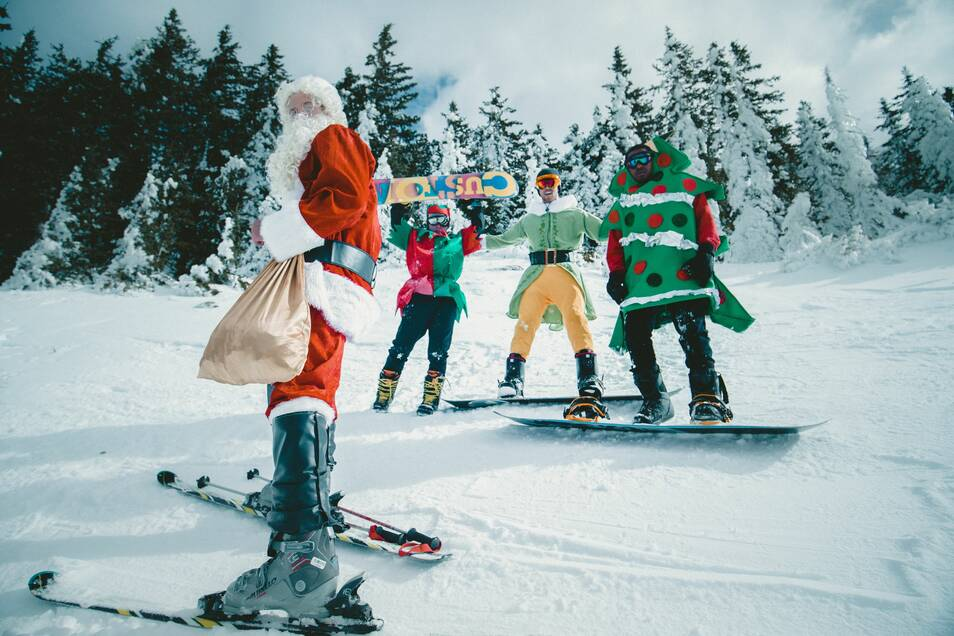 Bei Intersport Schmidt gibt es zur Weihnachtszeit 20% Rabatt auf alles.