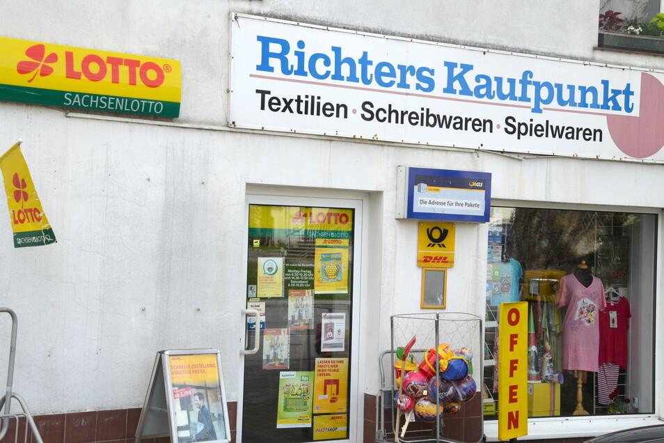 Textilien, Schreibwaren, Lotto: Ein Minikaufhaus auf dem Dorf.