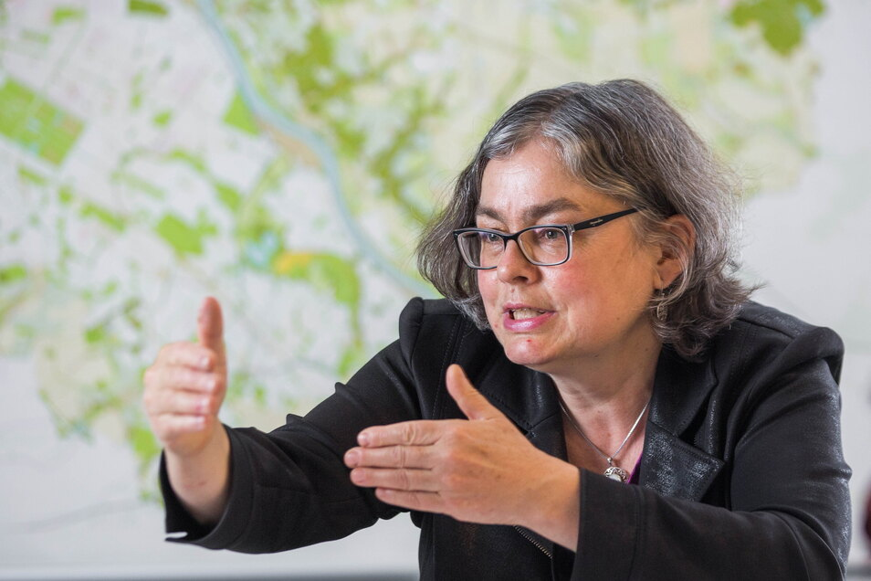 Umweltbürgermeisterin Eva Jähnigen (Grüne) erläutert im SZ-Interview ihren Plan fürs Dresdner Klima.