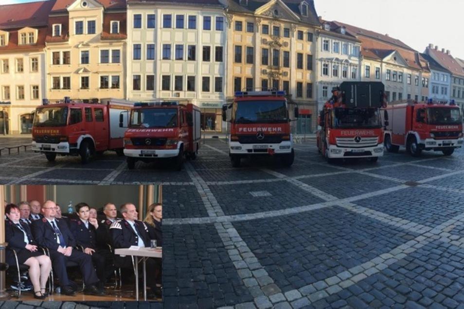 So sah es während der entscheidenden Zittauer Stadtratsitzung vor und im Rathaus aus.