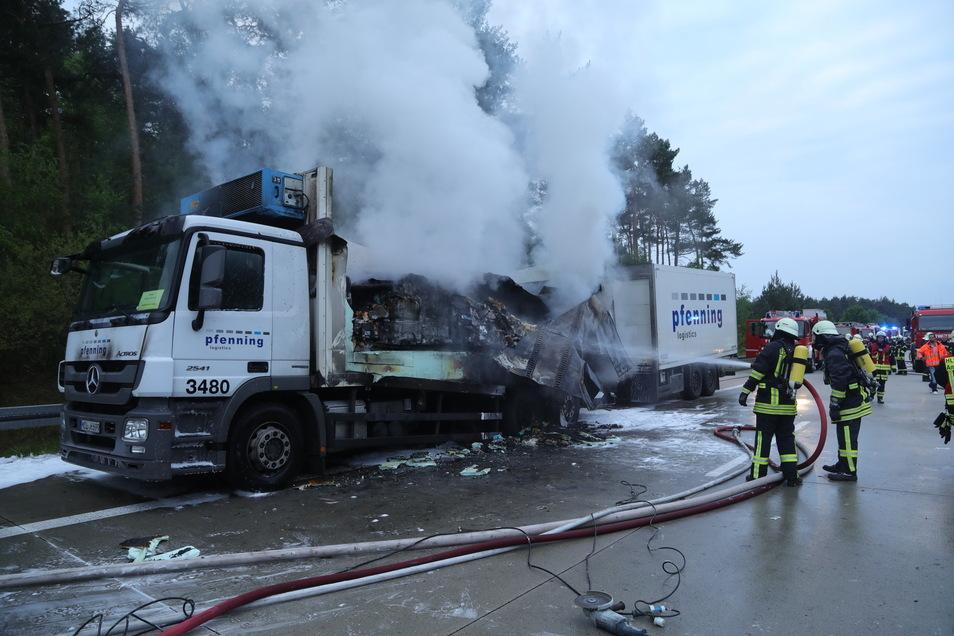 Lkw-Brand am heutigen Dienstagmorgen auf der A 13.