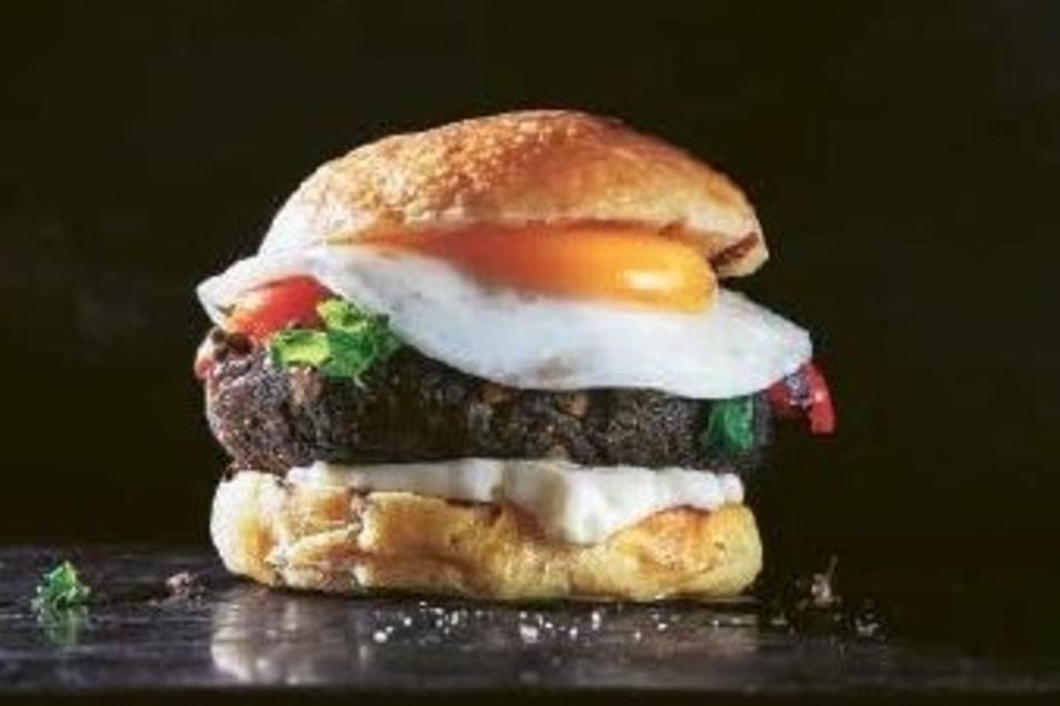 Sieht lecker aus: Ein Hamburger mit Bohnenmus statt Fleisch.