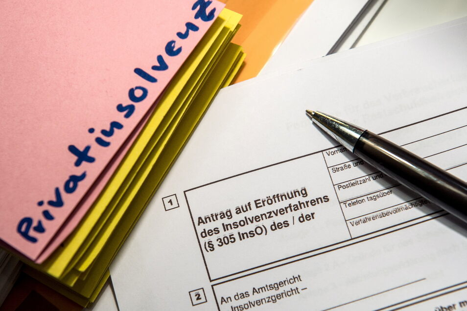 In Sachsen ist die Zahl der Privatinsolvenzverfahren im Vergleich zum Vorjahr um mehr als 57 Prozent gestiegen. Diese Entwicklung ist vor allem auf das neue Insolvenzrecht zurückzuführen.