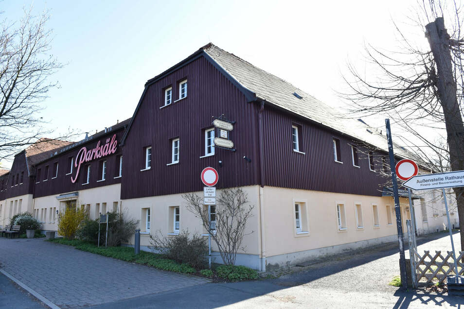 Das Kulturzentrum Parksäle in Dippoldiswalde. Riesensachschaden, aber wenig zum Mitnehmen gefunden.