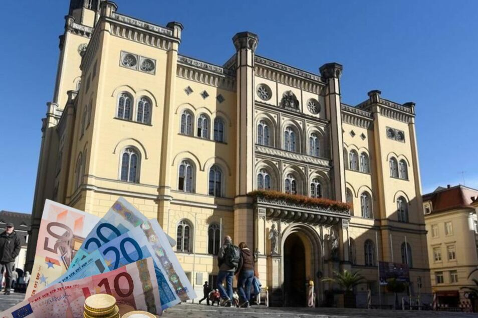 Im Bürgersaal des Zittauer Rathauses geht's am 12. Oktober ums Geld.
