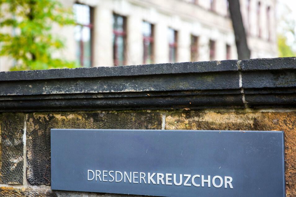 Der Dresdner Kreuzchor wird von einem Skandal um Nazi-Videos erschüttert.
