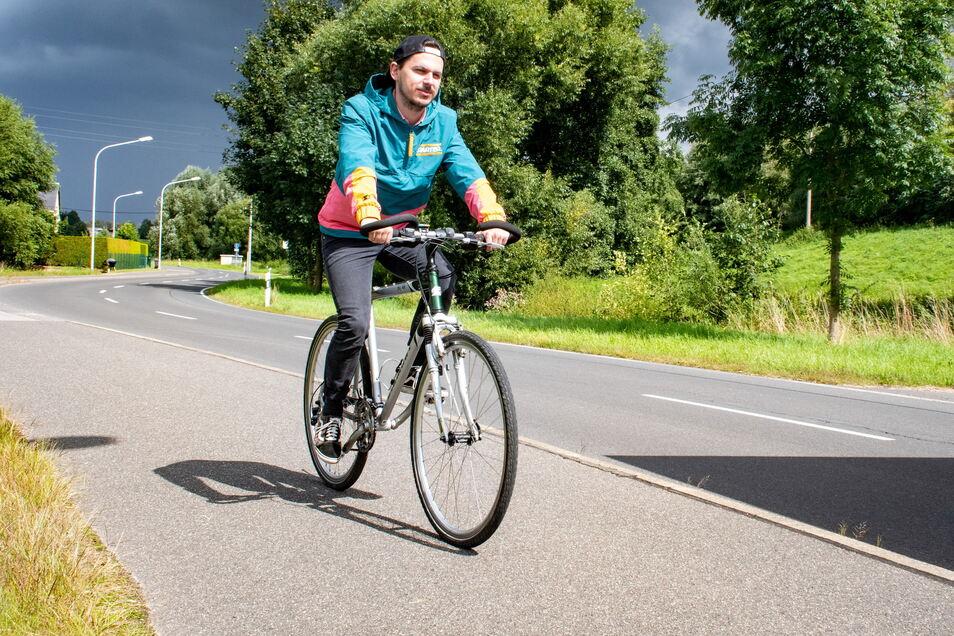 Der Bau eines Radwegs an der S31 würde den Fahrradfahrern mehr Sicherheit bieten.