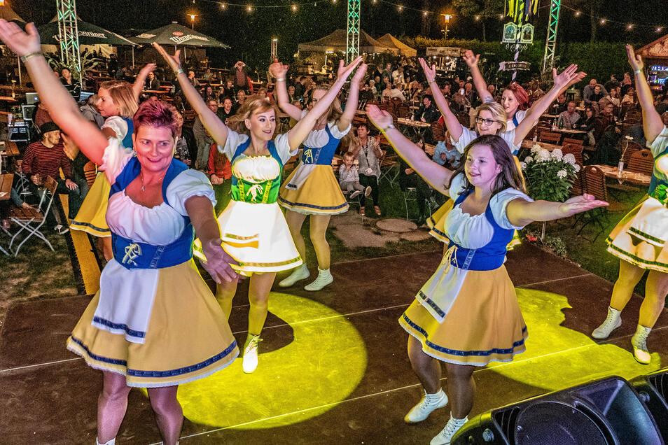 Neben der breiten Auswahl an Wein und Essen gab es auf der Bühne im Döbelner Bürgergarten am Wochenende auch einiges an Programmpunkten auf der Bühne.