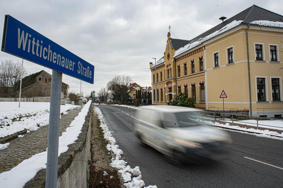 Auf der Wittichenauer Straße in Oßling soll die Geschwindigkeit auf 30 km/h begrenzt werden.