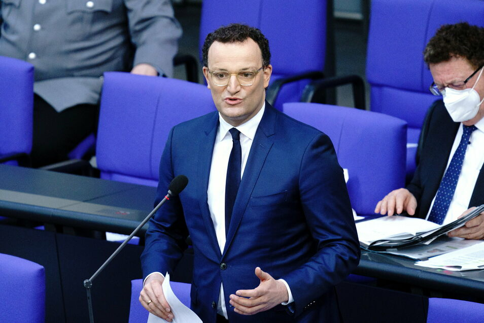 Jens Spahn (CDU), Bundesminister für Gesundheit, hat am Mittwoch Fragen im Bundestag beantwortet.