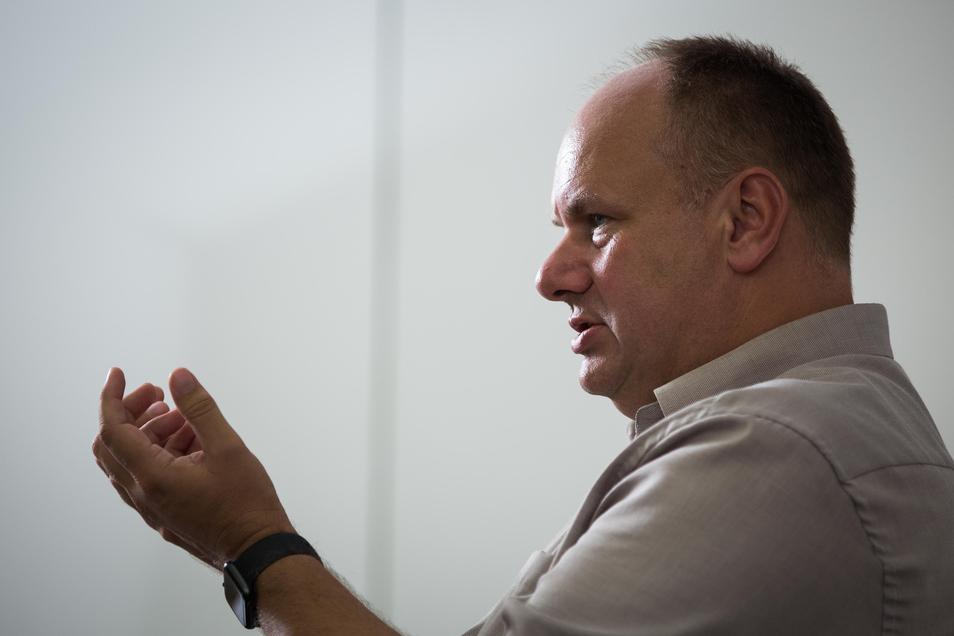 Dirk Hilberts Interview-Aussagen sorgen für Kritik bei der AfD