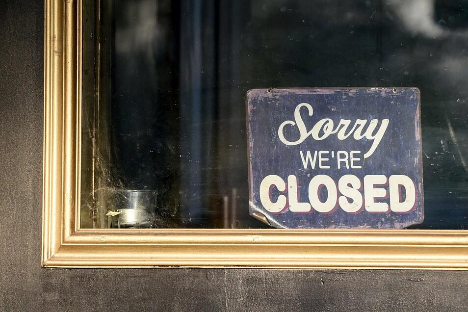 Der seit November geltende Teil-Lockdown mit Schließungen etwa von Gastronomiebetrieben wird erneut verlängert.
