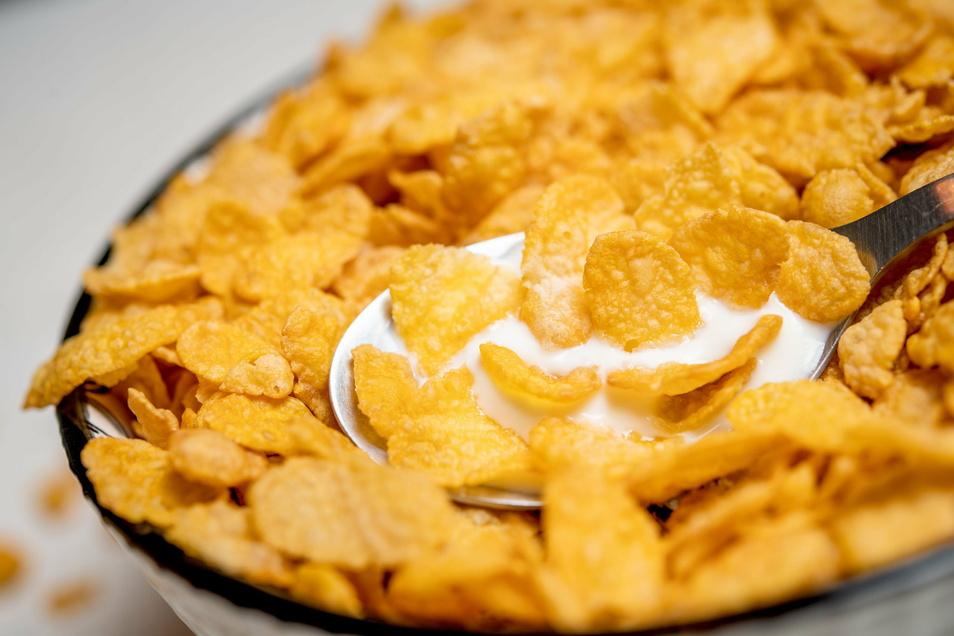 """15 der 50 getesteten Cornflakes erhielten von """"Öko-Test"""" die Note """"sehr gut""""."""
