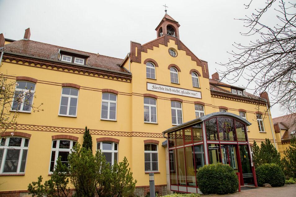 Seit Montag werden im Rothenburger Martin-Ulbrich-Haus wieder Patienten mit orthopädischen Krankheiten stationär aufgenommen.