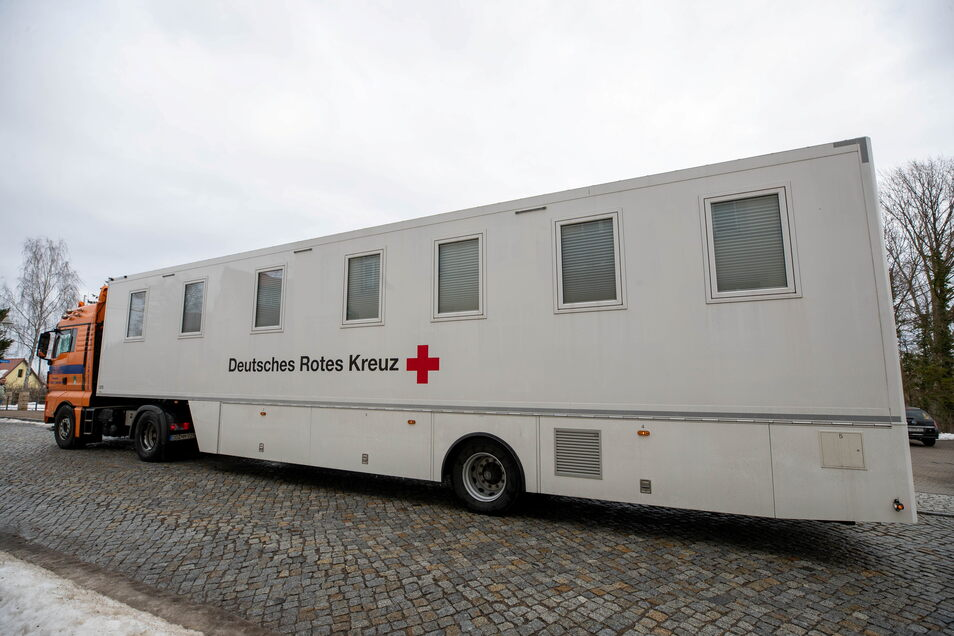 Hier stand ein Impfbus in Bannewitz. Von Donnerstag an wird auch wieder einer in Pretzschendorf sein. Dafür sind noch Termine frei.
