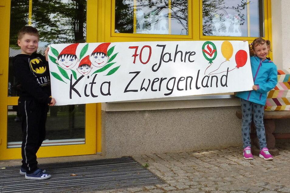 Die Kindertagesstätte Zwergenland in  Steinigtwolmsdorf wird 70 Jahre alt und feiert dieses Jubiläum.