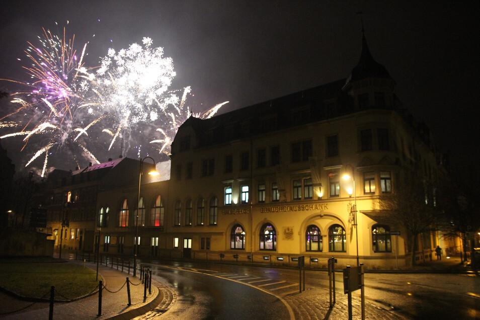 Im vergangenen Jahr stiegen unzählige Raketen in den Nachthimmel über Radeberg.