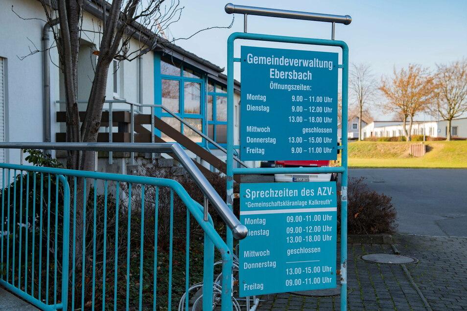 Der AZV Gemeinschaftskläranlage Kalkreuth hat in Ebersbach seinen Sitz.