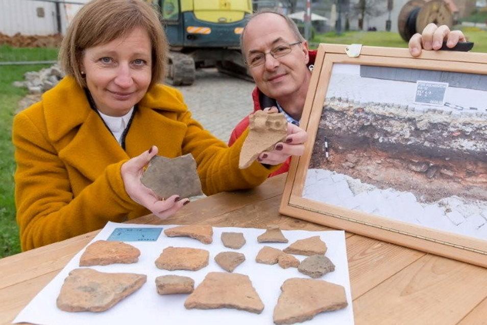Mehr als 3.000 Jahre alt sind diese Scherben, die 2016 bei Bauarbeiten auf dem Königstein gefunden wurden.
