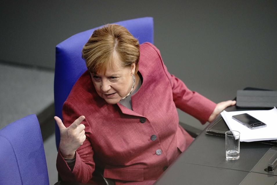 Angela Merkel lässt sich auch über rechtsextreme Online-Medien unterrichten.