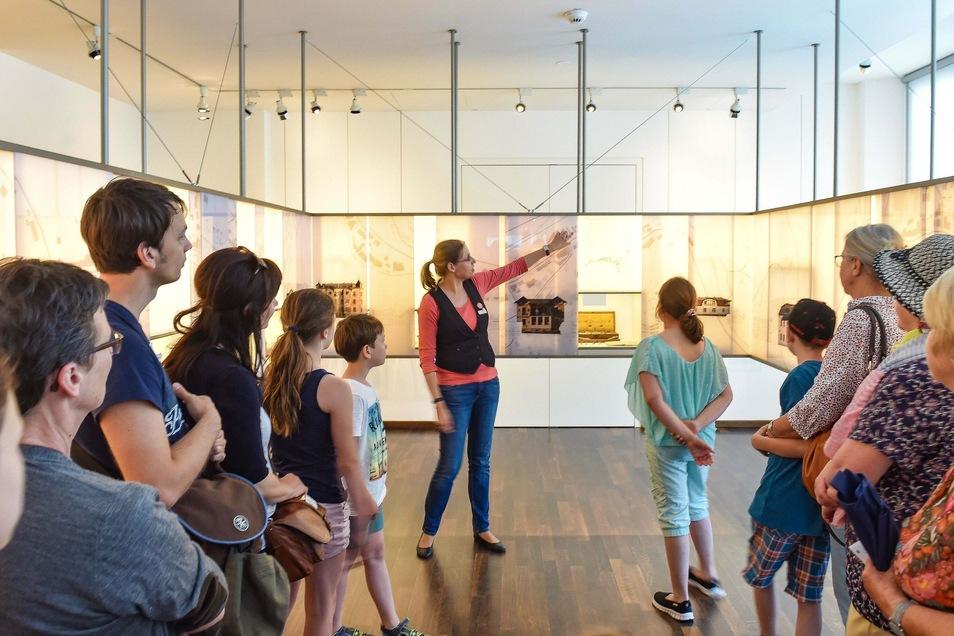 Das Deutsche Uhrenmuseum in Glashütte lädt in den Sommerferien zu Familienführungen ein.