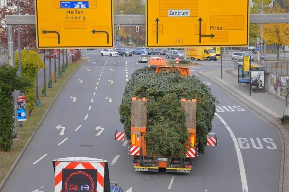 Freie Fahrt auf der Bergstraße in Richtung Stadtzentrum – dank Eskorte.