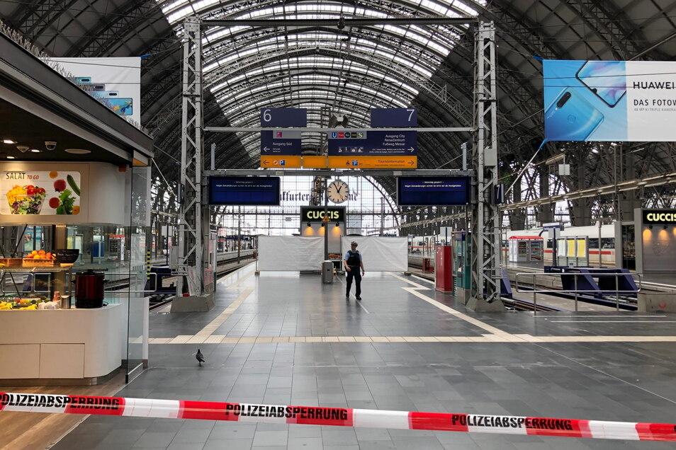 Für mehrere Stunden gesperrt: die Bahnsteige 6 und 7 am Frankfurter Hauptbahnhof.