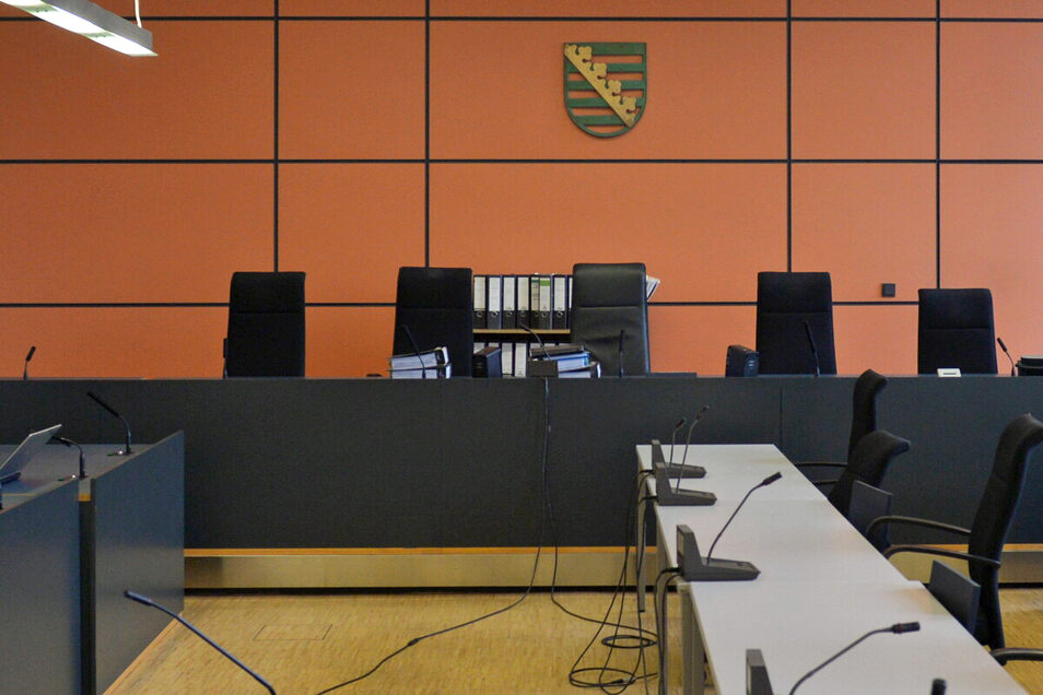 Ein Fall von hundertfachem Internetbetrug soll nun vorm Dresdner Amtsgericht verhandelt werden. Beschuldigt ist ein 33-jähriger Mann.