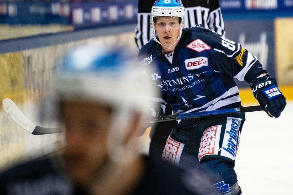 Der 32-jährige Finne Roope Rante feiert sein Debüt bei den Dresdner Eislöwen.