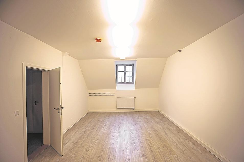 Im Dachgeschoss entstand ein neuer Raum für den Retter-Verein.