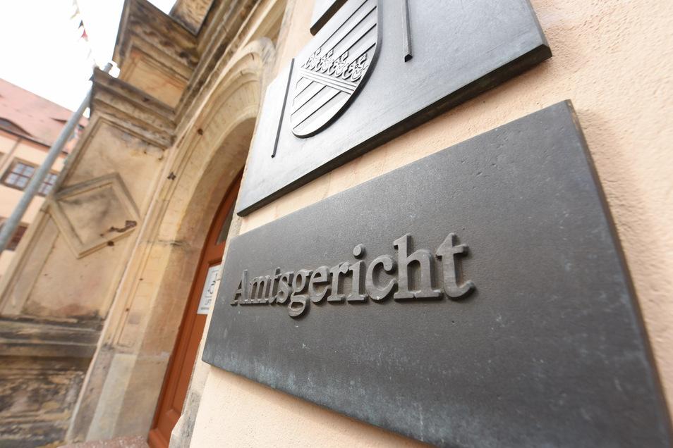 Das Amtsgericht in Dippoldiswalde ist für den Besucherverkehr geschlossen. Wer aber denkt, dass er damit einem Prozess entkommt, der irrt.