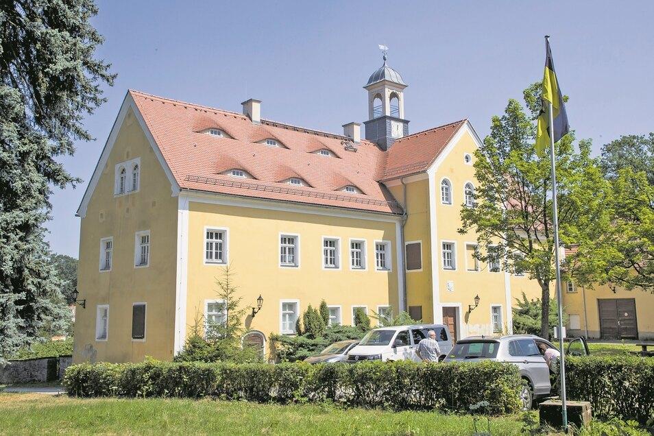 Leerstand ade. Das Jagdschloss in Grillenburg soll als Tagungs- und Konferenzort wiederbelebt werden.