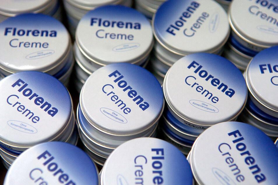 Das Markenzeichen der Beiersdorf Manufacturing in Waldheim ist die Florena Creme in Dosen. Derzeit werden in Waldheim jedoch Produkte der Marken Nivea, Eucerin und Hidrofugal in Tuben und Flaschen hergestellt.