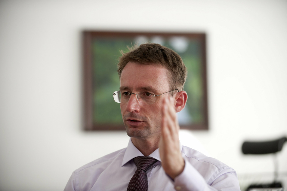Roland Wöller im Jahr 2011. Damals war er noch Kultusminister.