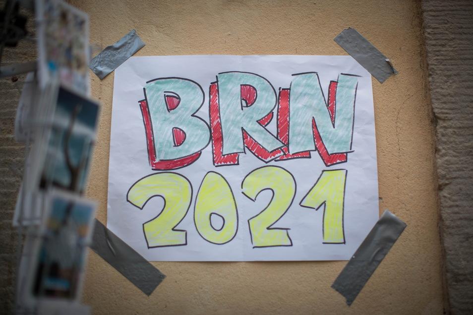 Schilder wie dieses waren am Wochenende kaum zu sehen. Eine richtige Ersatz-BRN und Aktionen von Anwohnern gab es in der Neustadt in diesem Jahr nicht.