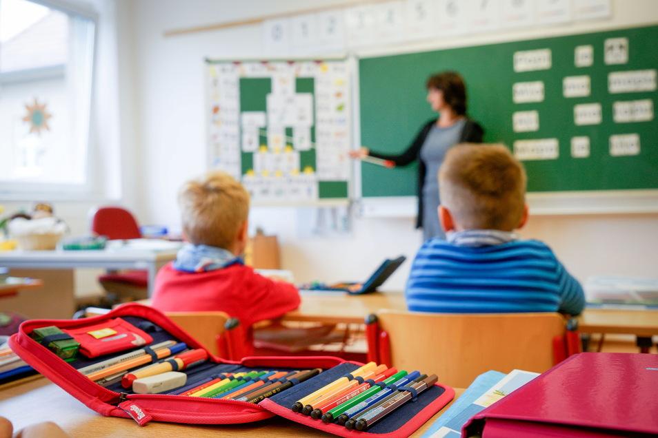 An den Schulen im Landkreis Bautzen läuft der Präsenzunterricht wieder. Jetzt geht es auch darum zu ermitteln, wer welche Lerndefizite hat und wie diese behoben werden können.