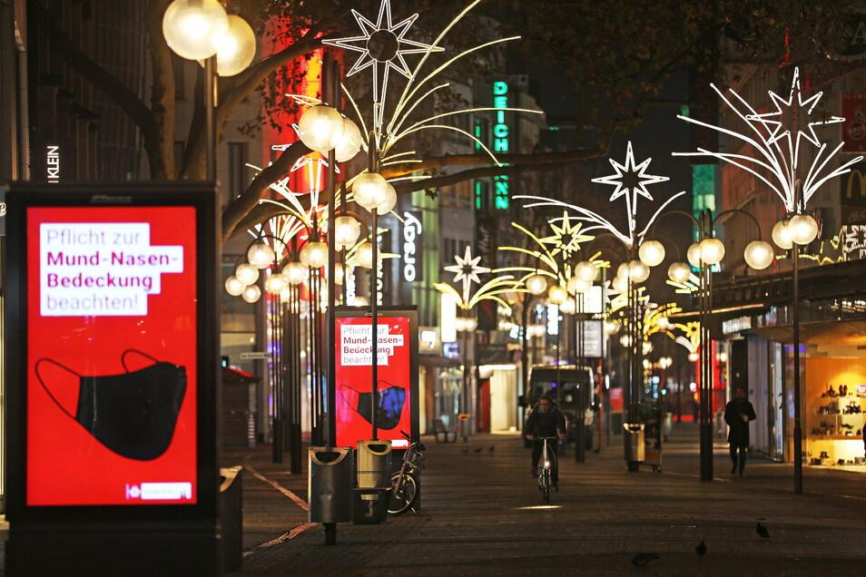 Die Weihnachtsbeschränkungen leuchten offenbar nicht jedem Deutschen ein.