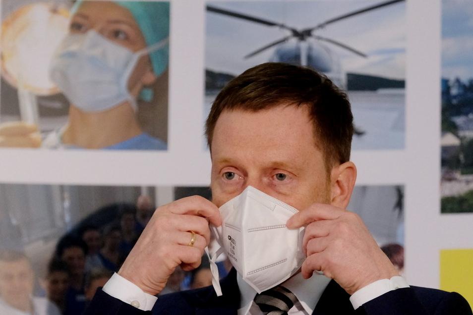 Ministerpräsident Michael Kretschmer glaubt, dass Schnelltests in der Corona-Pandemie einen raschen Strategiewechsel bringen können.