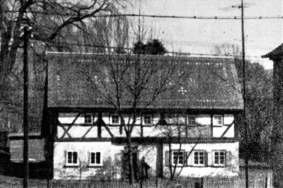 In diesem Niedercunnersdorfer Häuschen wohnte Gurken-Daniel, der umtriebige Schuster, der auch saure Gurken auf Volksfesten feilbot.