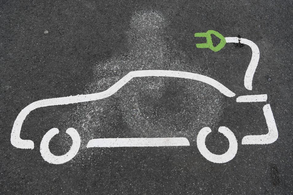 Mit der Herstellung von 24.000 Tonnen Lithiumhydroxid in Brandenburg soll der Bedarf von 500.000 Elektrofahrzeugen gedeckt werden.