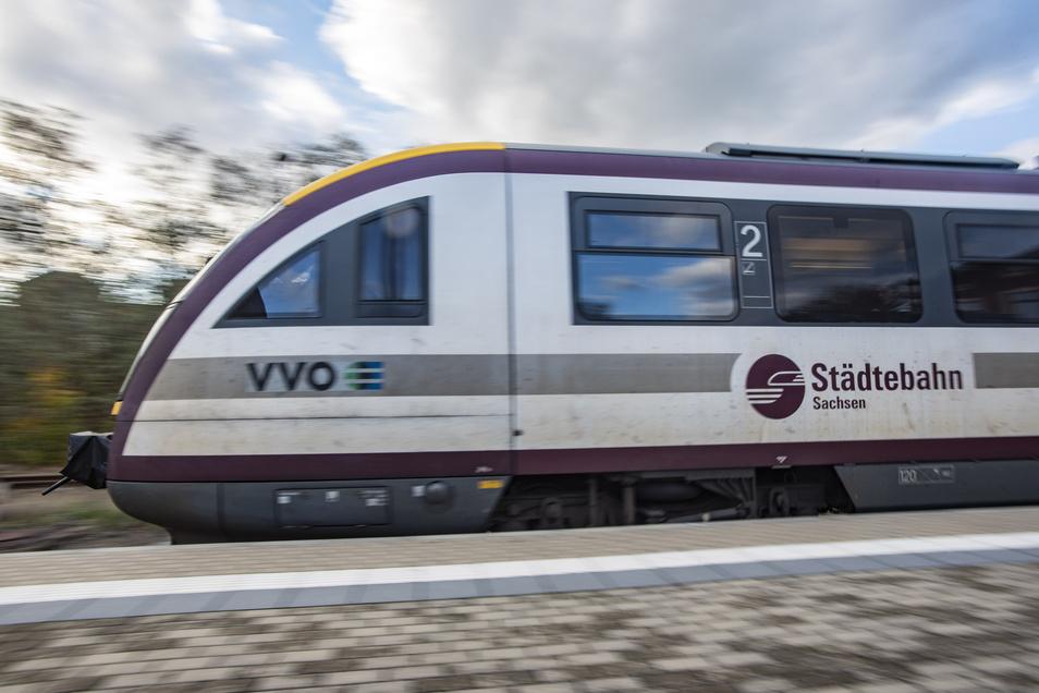 Zwischen 2010 und  2019 war die  Städtebahn Sachsen für den Eisenbahnverkehr auf den Nebenstrecken rund um Dresden zuständig.