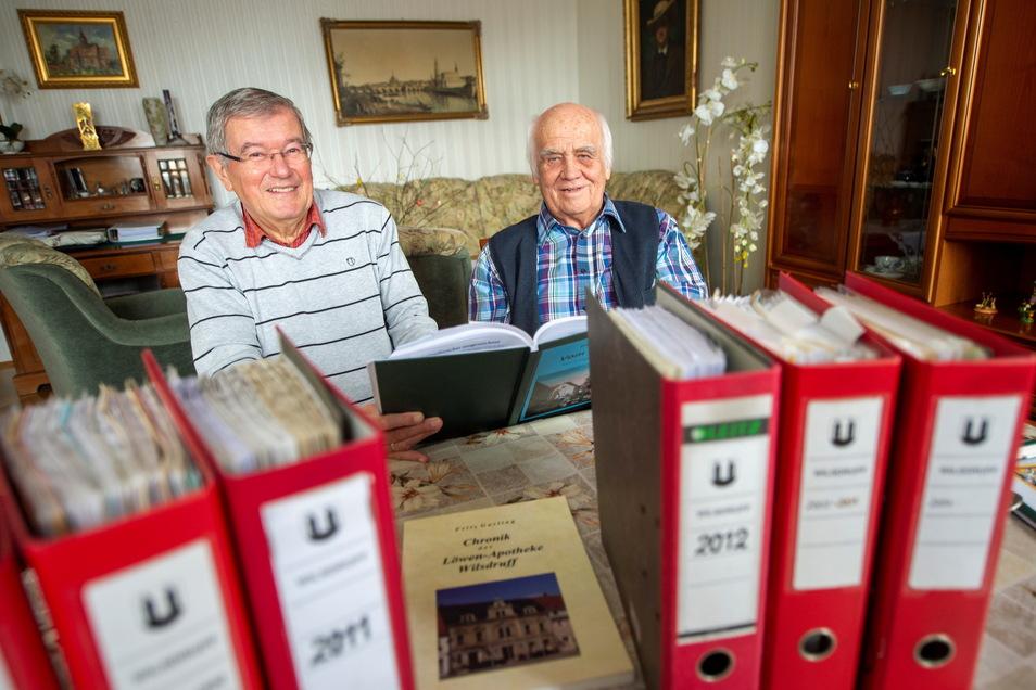 Die beiden Wilsdruffer Heimatforscher mit Doktortitel: Jürgen Stumpf (l.) und Fritz Garling.