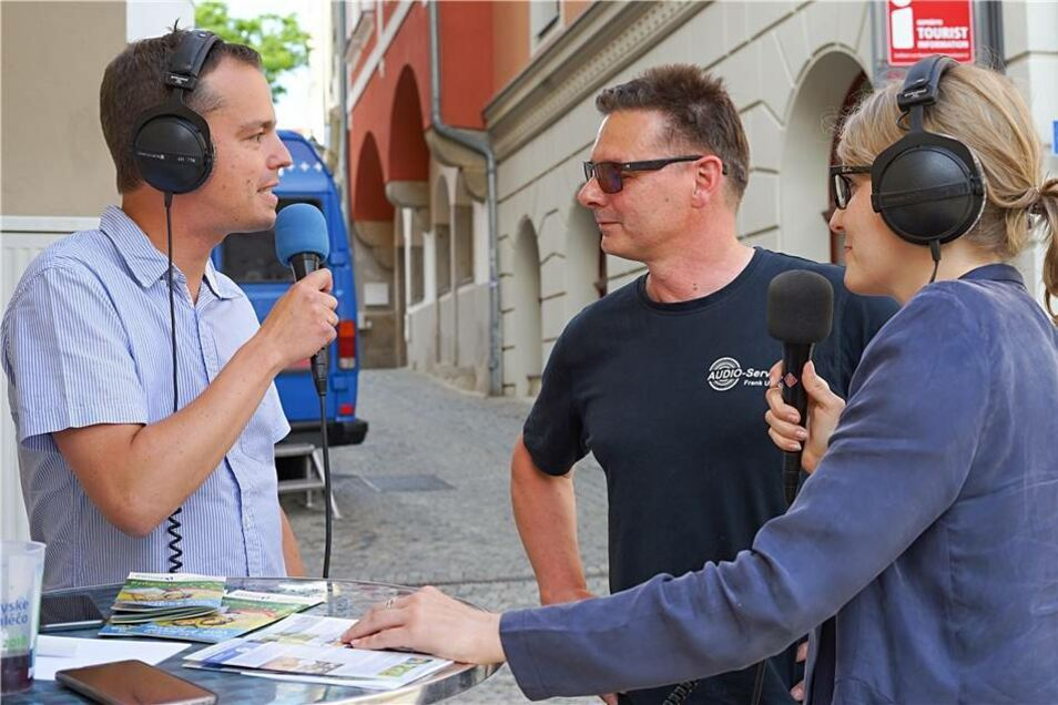 Andreas Thomas und Eva Wagner beim Interview.