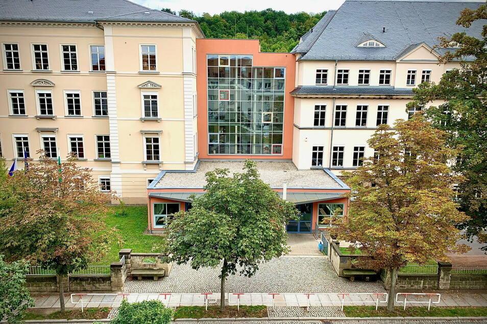Schiller-Gymnasium in Pirna: Die Bildungsstätte lässt sich in Kürze aus der Ferne erkunden: digital.