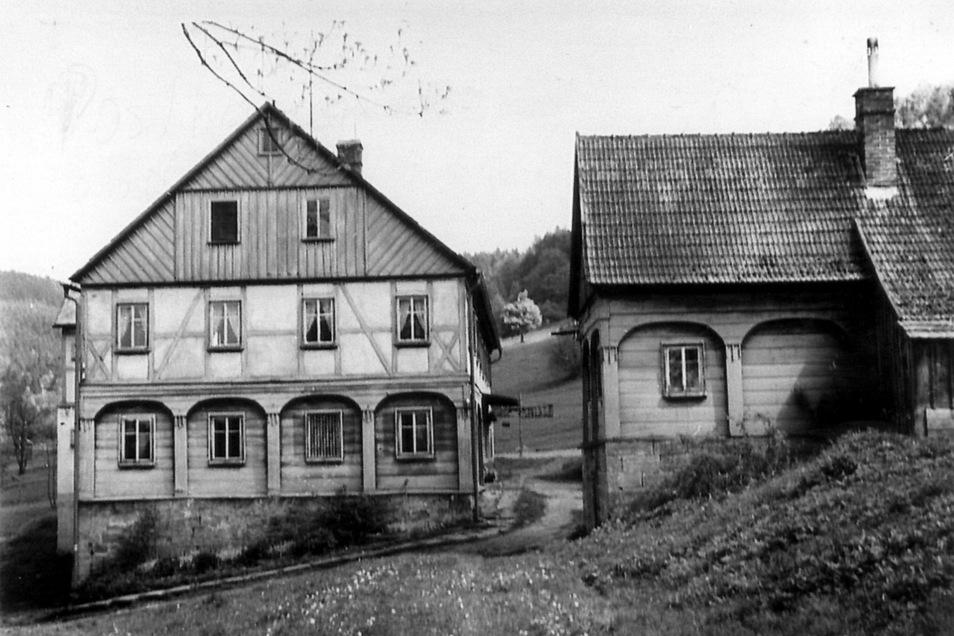 Das Gut von Studený (Kaltenbach) auf einem historischen Foto.