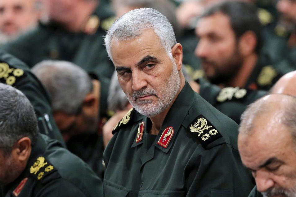 Ghassem Soleimani, der Kommandeur der iranischen Al-Kuds-Brigaden, wurde bei einem Raketenangriff nahe des Flughafens von Bagdad getötet.