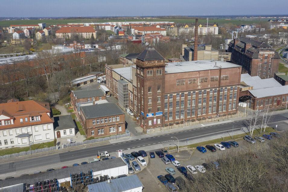 Ein Blick auf das traditionsreiche Seifenwerk von Kappus in Riesa. Links im Hintergrund ist die Teigwaren-Fabrik zu erkennen, rechts hinten die frühere Zündwarenfabrik.