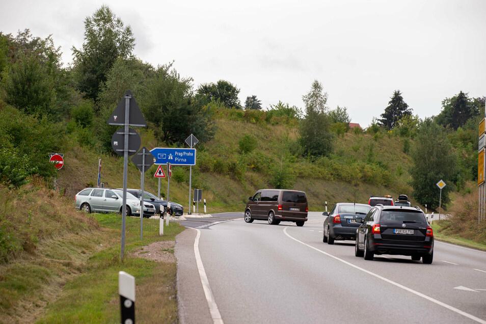 An dieser Autobahnauffahrt bei Bannewitz passierten 2019 die meisten Unfälle mit Verletzten im Landkreis.