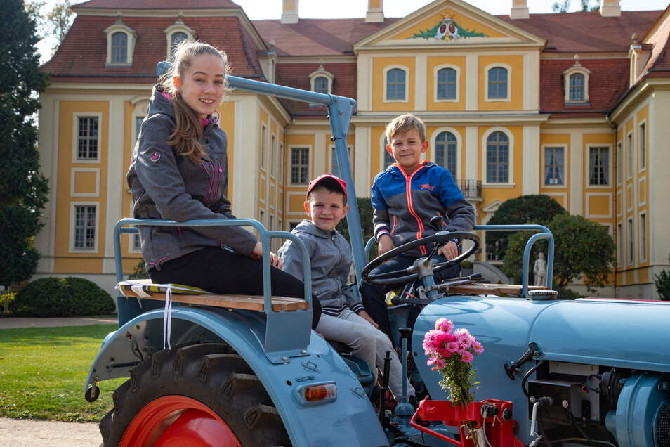 Zuletzt konnte die Treckerparade 2019 stattfinden. Damals waren auch der Nachwuchs von den Traktoren begeistert.